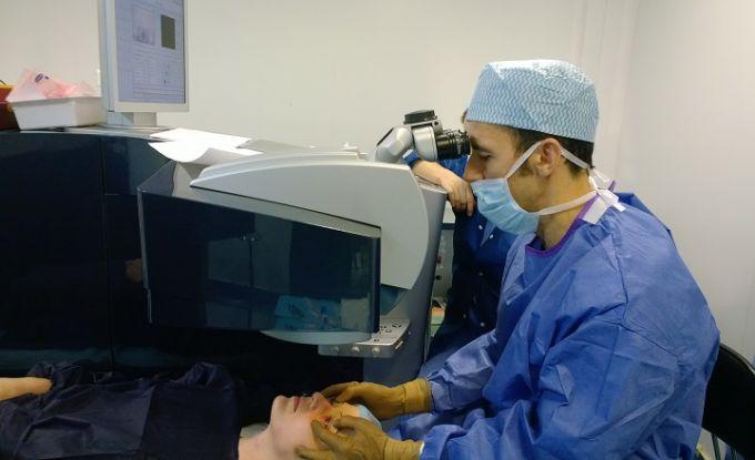 La conduite de l'acte opératoire de l'œil